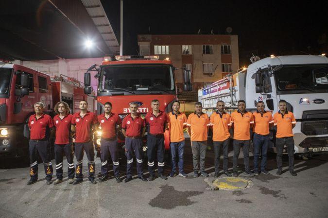 Mersin Büyükşehir Belediyesi ekipleri, sel bölgesine yardıma gitti