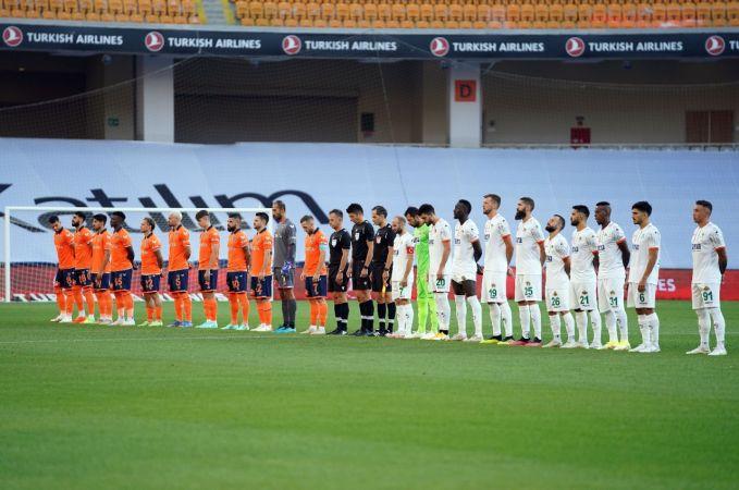 Süper Lig: Medipol Başakşehir: 0 - Aytemiz Alanyaspor: 1 (Maç devam ediyor)