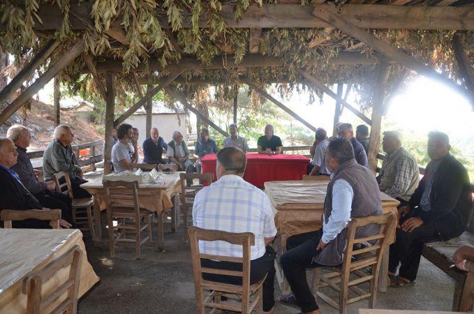 Kozan Belediye Başkanı Özgan, kırsaldaki mahalle sakinleri ile buluştu