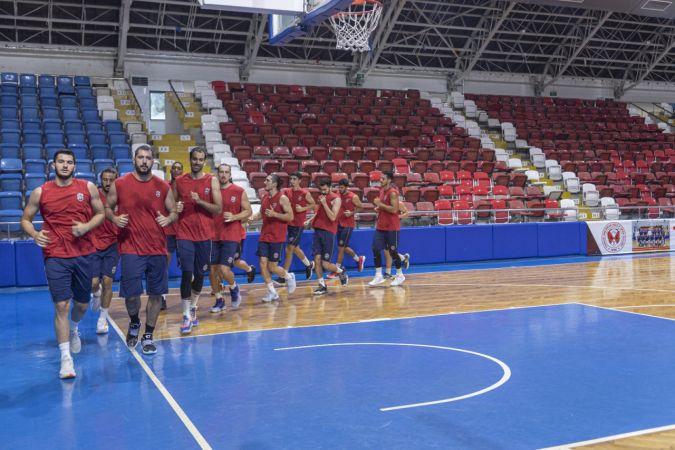 Mersin Büyükşehir Belediyesi Erkek Basketbol Takımı sezonu açtı