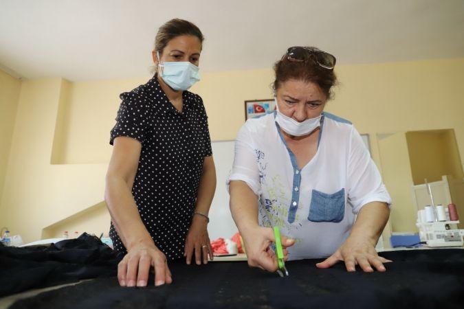 Kadınlar, Akdeniz Belediyesinin kurslarıyla meslek öğreniyor