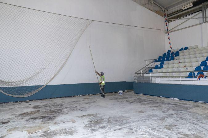 Yenişehir Spor Salonu yenileniyor