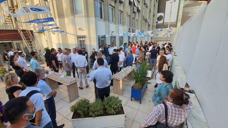DEVA Partisi Adana il başkanlığından aşure etkinliği