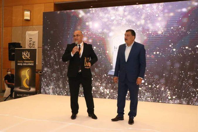 Bungalov evler projesi başkan Çay'a ödül getirdi