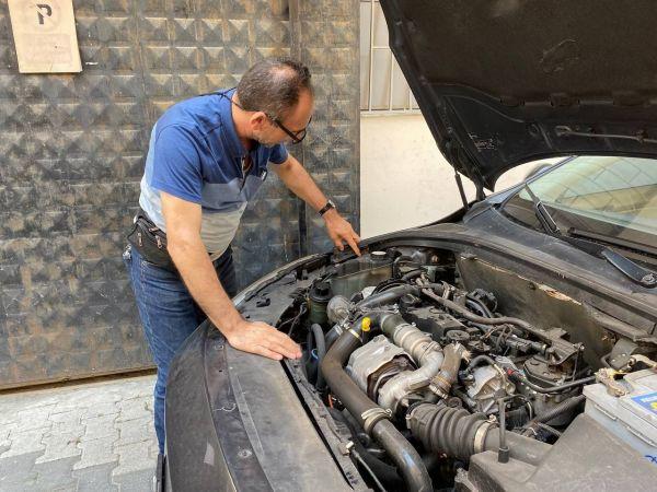 Üsküdar'da pes dedirten dolandırıcılık: Arkası dizel önü benzinli aracı birleştirip sattılar