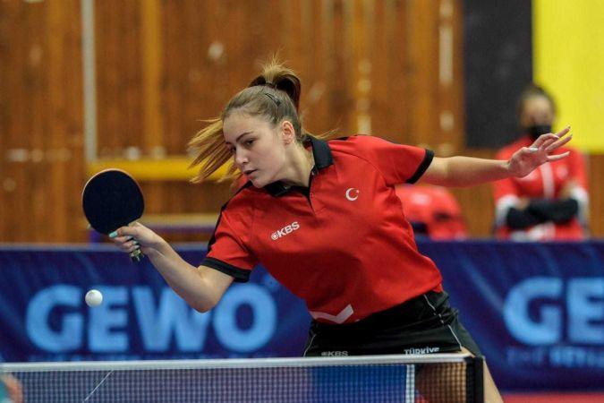Milli masa tenisçi Ece Haraç, Almanya'da galibiyetle başladı