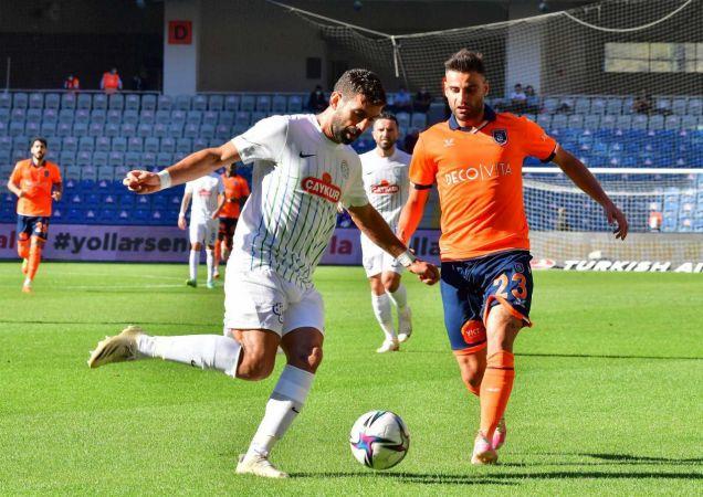 Süper Lig: Medipol Başakşehir: 1 - Çaykur Rizespor: 0 (İlk yarı)