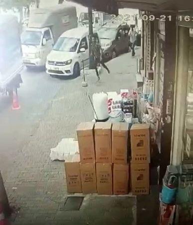 (ÖZEL) Bayrampaşa'da 2 kapkaççı 20 farklı kamera incelemesi sonucu yakalandı