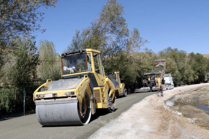 Saray'da 16 kilometrelik beton yol yapımı