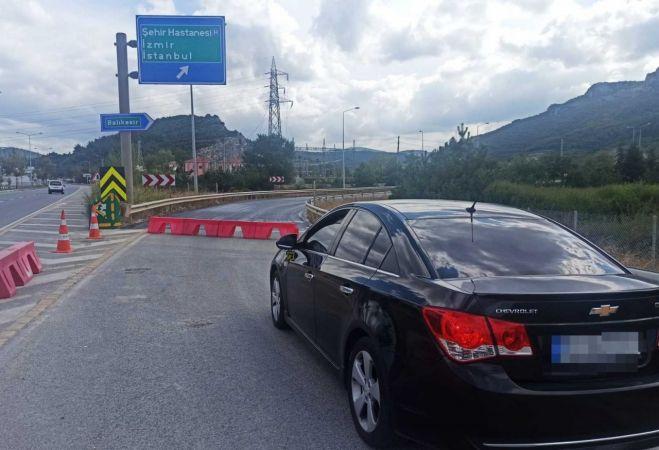 Ankara-İzmir Çevre Otoyolu çalışmalar sebebiyle kapanınca sürücüler isyan etti