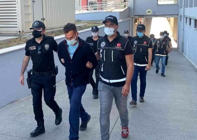 Adana'da torbacı operasyonunda 3 kişi tutuklandı