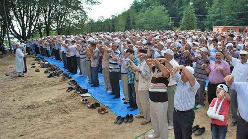 İzmit'te yağmur duasına çıkılıyor