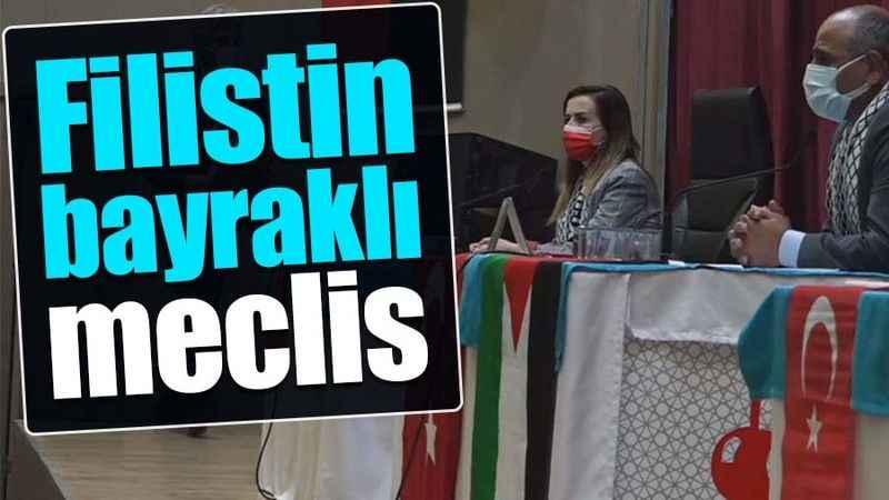 Körfez'de Filistin bayraklı meclis