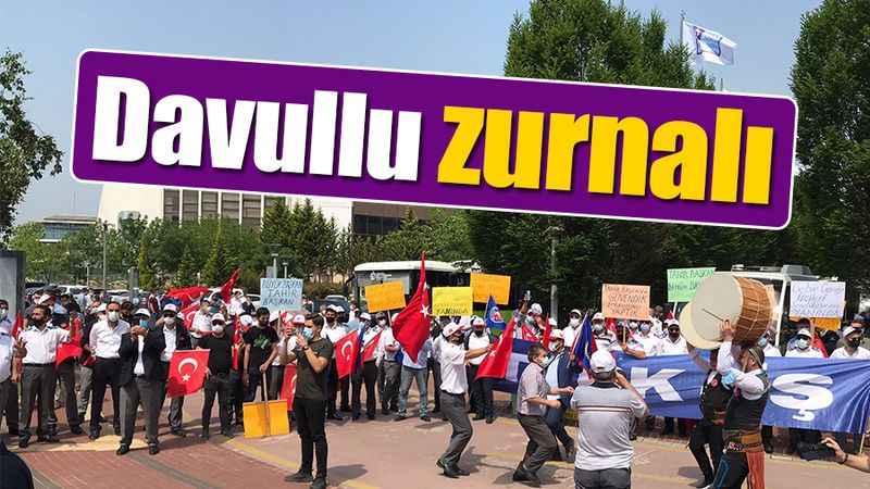 Büyükşehir önünde davullu zurnalı kutlama