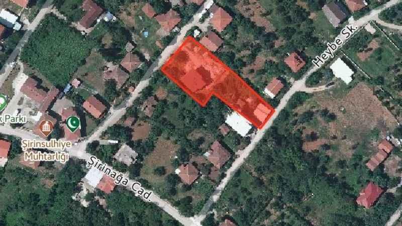 Kartepe'de icradan satılık 3 katlı bina