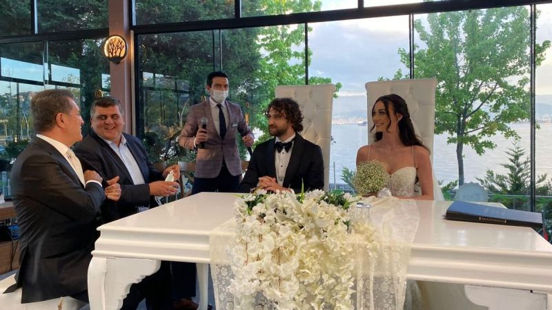 Sarıgül nikah töreni için İzmit'e geldi