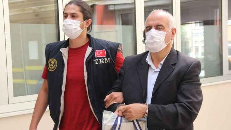 Eski Büyükşehir Belediye Başkanı Kocaeli'de gözaltına alındı