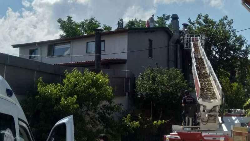 İzmit'te restoranın bacası yandı