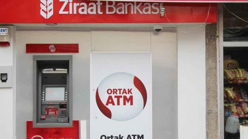 13 gün oldu. İzmit'teki Ziraat ATM'sinden 6.000 lirasını alamıyor