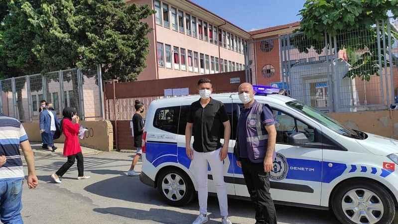 Sınava geç kalanlara Büyükşehir yardım etti