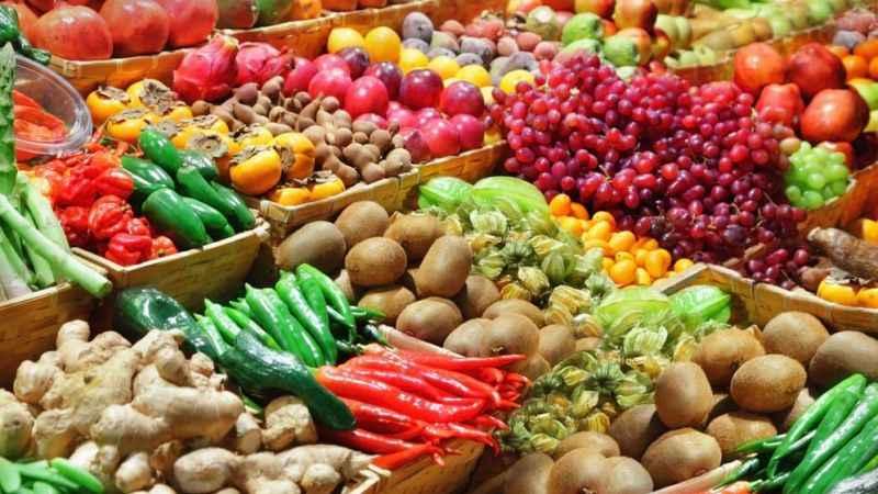27 meyve ve sebzenin açık alanda satışı yasaklanıyor