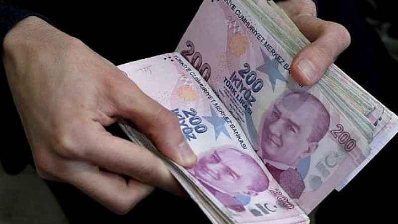 Yeni 10 ve 200 TL banknotlar tedavüle giriyor