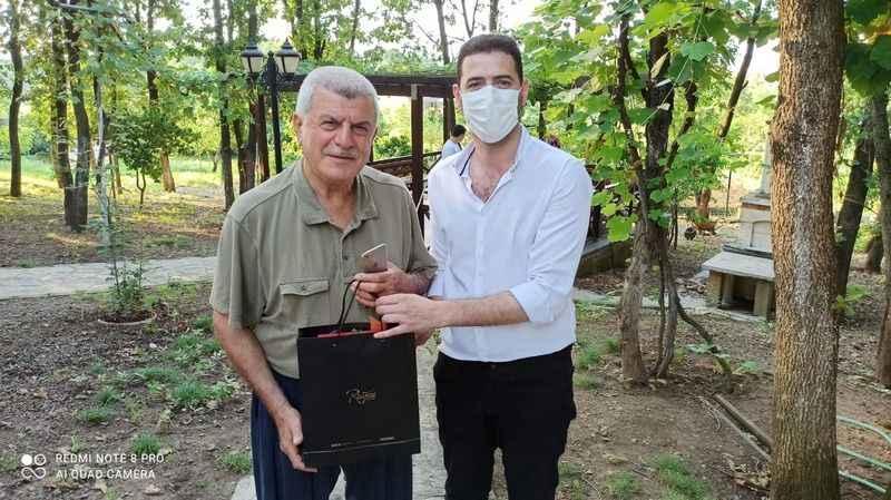 Hürriyet'ten Karaosmanoğlu'na bayram hediyesi