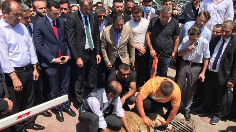 Yeni MHP il başkanı: Dikiz aynasına bakarak araba kullanılmaz!
