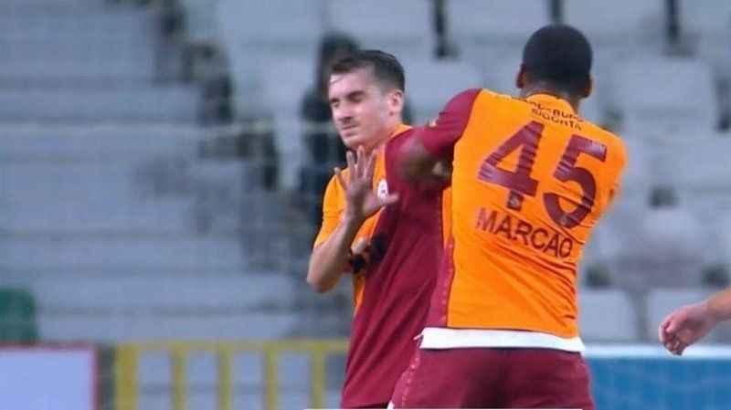 Galatasaray'da büyük skandal. Marcao sahada İzmitli Kerem Aktürkoğlu'na saldırdı