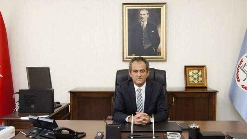 Milli Eğitim Bakanı Özer'den sınav açıklaması