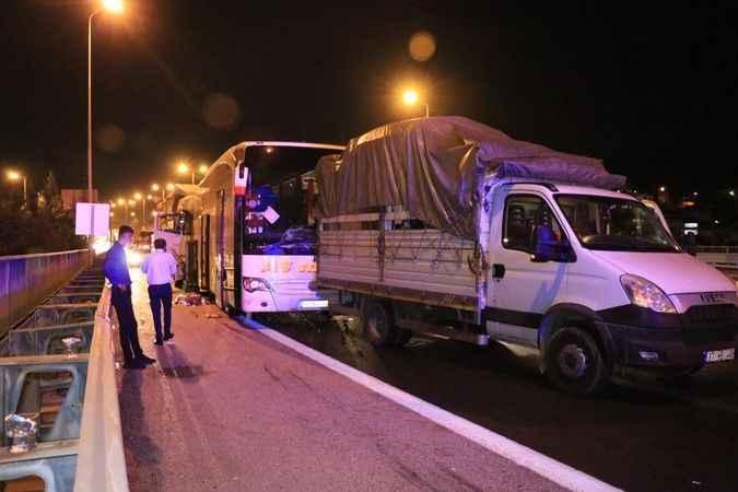 Derince TEM'de zincirleme trafik kazası!