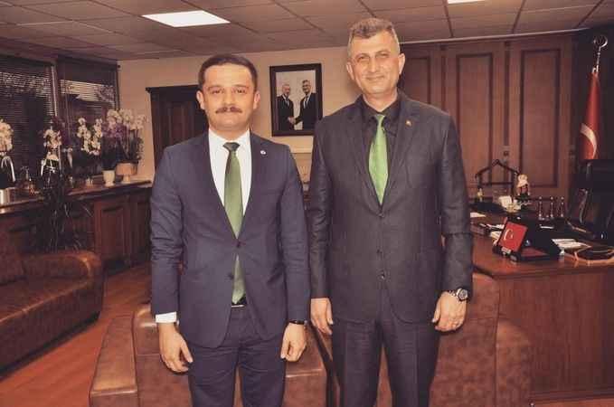 """Gölcüklü """"Efsane Kaymakam"""" İzmir'e atandı"""