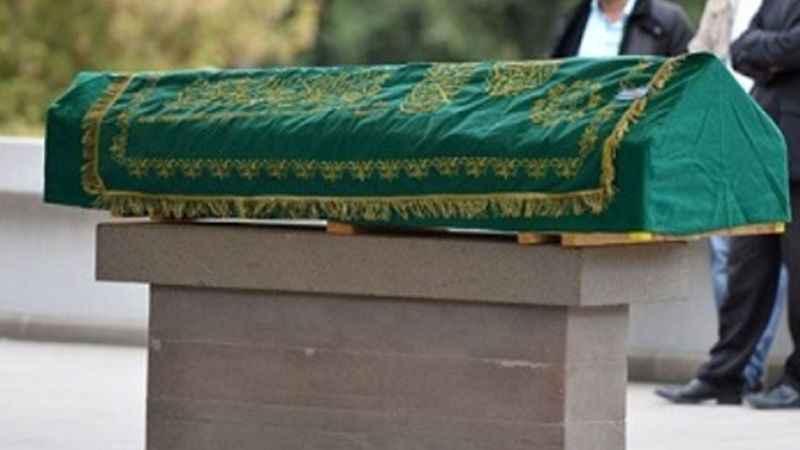İstanbul'da Korona'ya yenildi, Körfez'de gömüldü