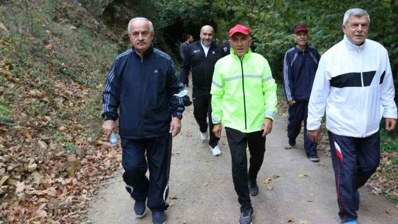 Aygün, Karaosmanoğlu ile yanyana