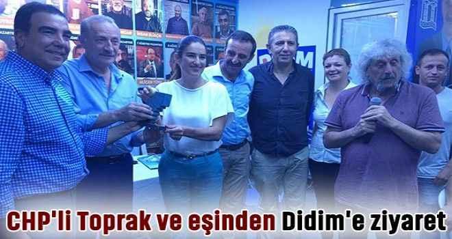 CHP'li Toprak ve eşinden Didim'e ziyaret