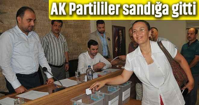 AK Partililer sandığa gitti
