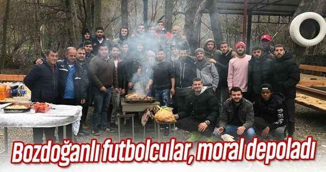 Bozdoğanlı futbolcular, moral depoladı