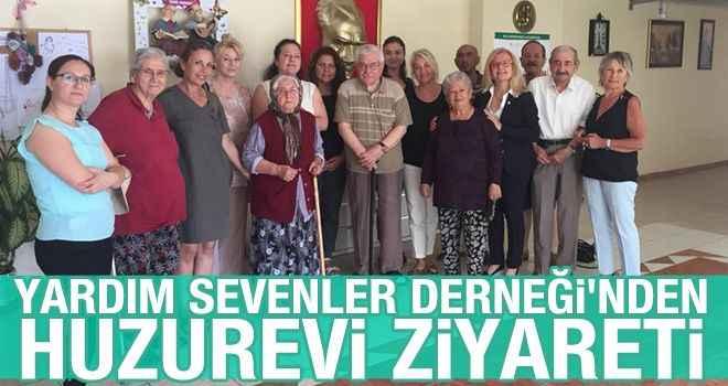 Yardım Sevenler Derneği'nden huzurevi ziyareti