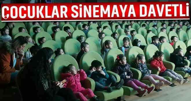 Çocuklar sinemaya davetli
