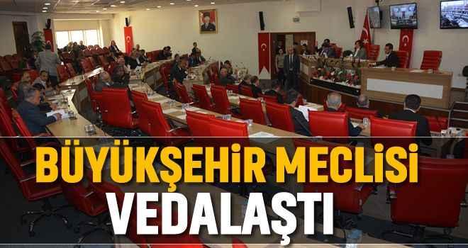 Büyükşehir Meclisi vedalaştı