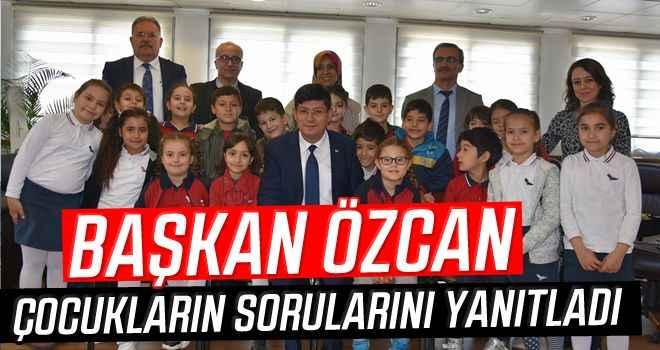 Başkan Özcan, çocukların sorularını yanıtladı