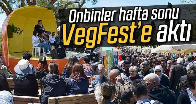 Onbinler hafta sonu VegFest'e aktı