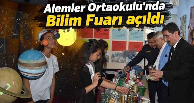 Alemler Ortaokulu'nda Bilim Fuarı açıldı