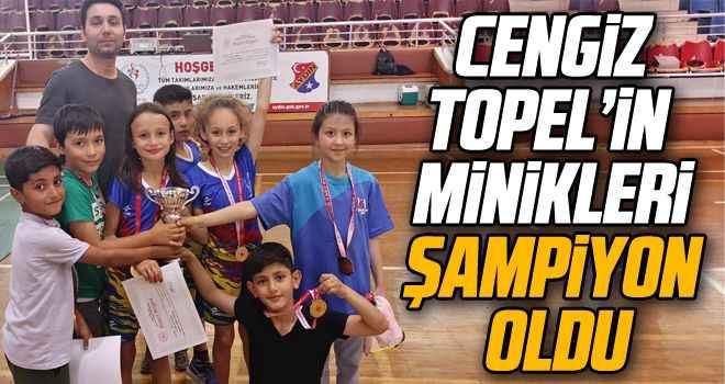 Cengiz Topel'in minikleri şampiyon oldu