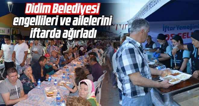Didim Belediyesi, engellileri ve ailelerini iftarda ağırladı
