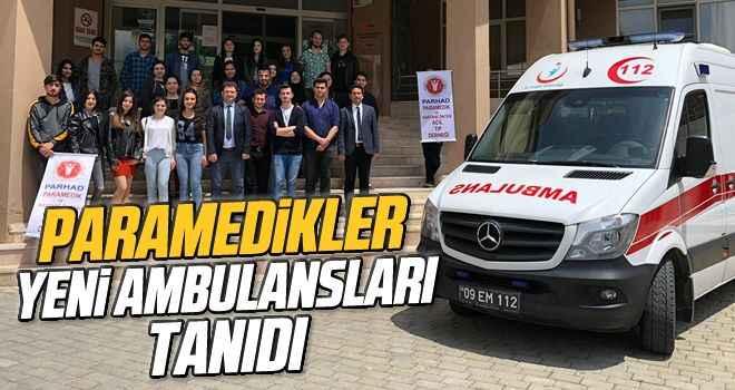 Paramedikler yeni ambulansları tanıdı
