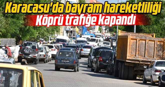 Karacasu'da bayram hareketliliği: Köprü trafiğe kapandı