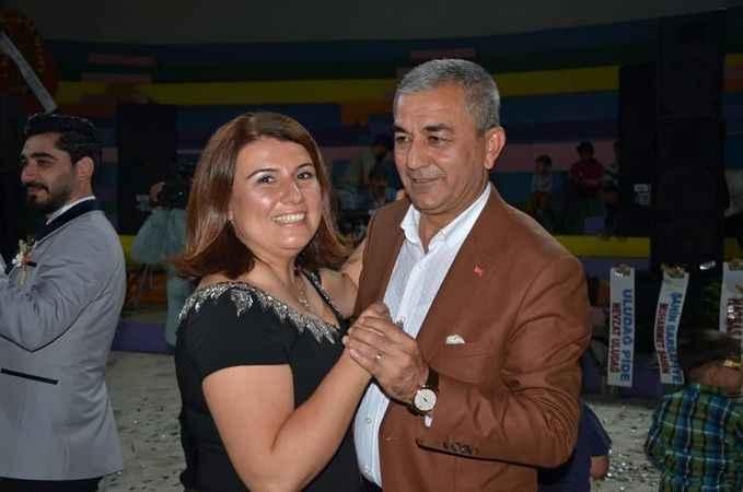 AK Parti'li genç başkan evlendi