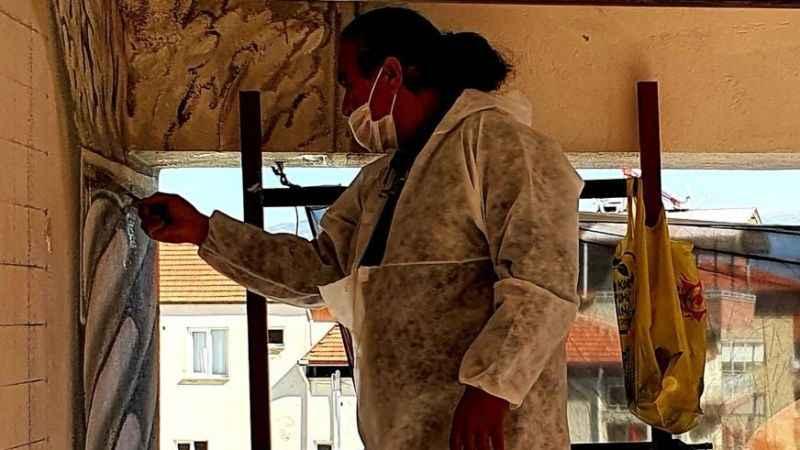 Ünlü Ressam Karacasu'da çalışmalara başladı