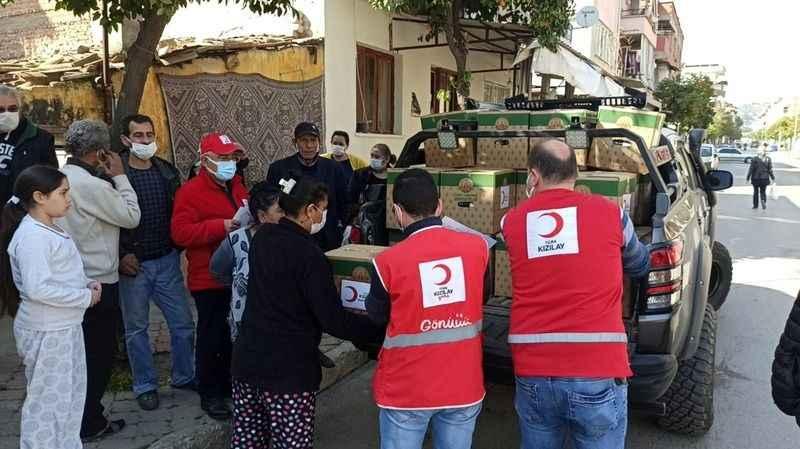 Kızılay'dan Roman vatandaşlara yardım eli